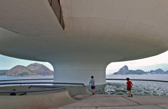 oscar niemeyer12 large 337x219