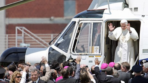gty pope benedict helicopter tk 130211 wblog