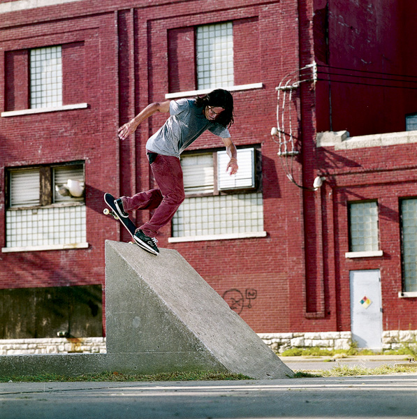 Kenny back nose blunting in KC. Can't wait to go back there and eat barbecue... I mean skate that spot again.